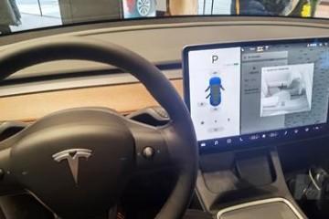 特斯拉行车数据引质疑Linux分时操作系统要背锅专家呼吁车辆要标配黑匣子