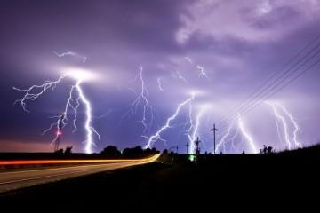 神秘闪电能起到大气清洁剂的作用